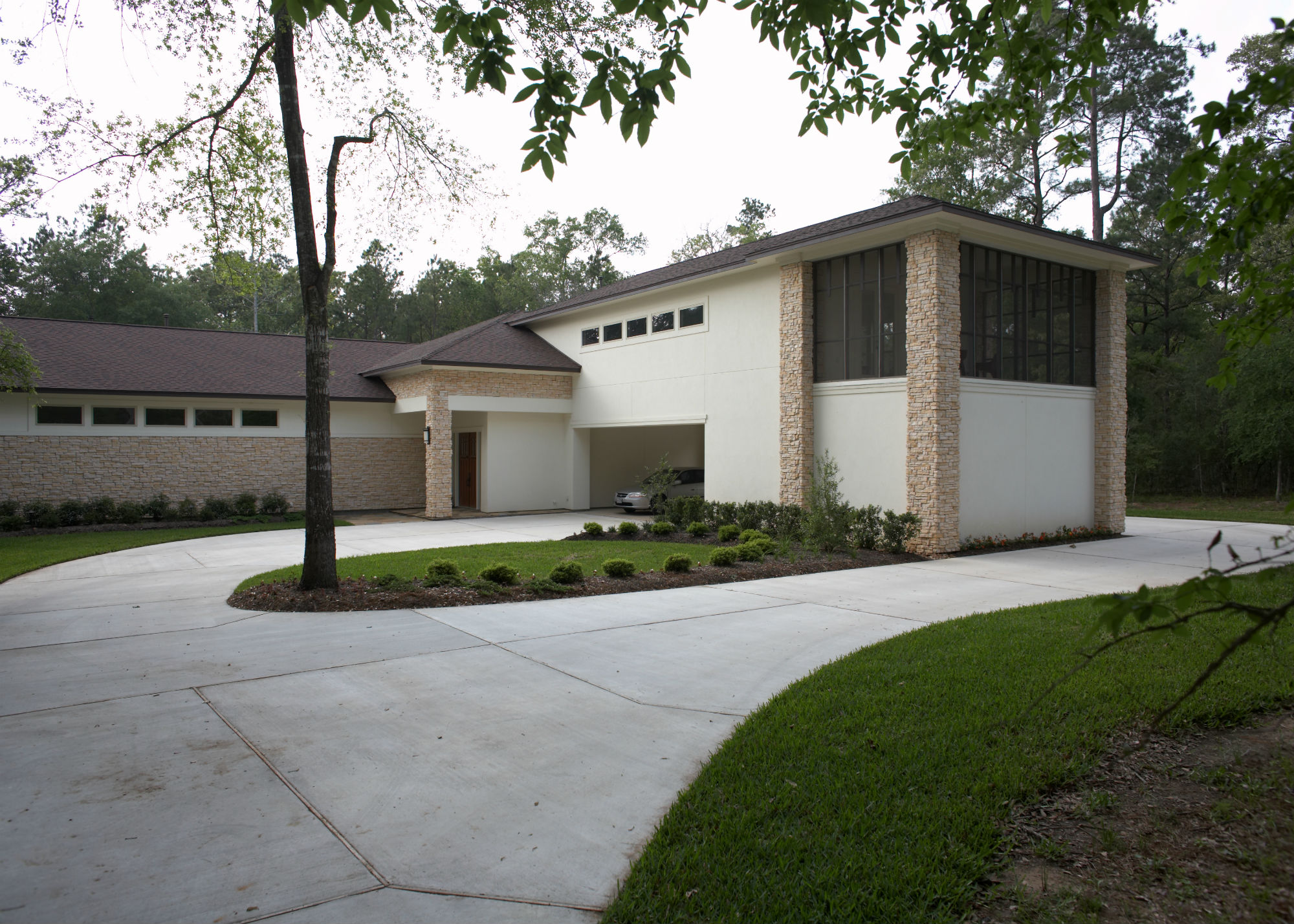 Contemporary in High Meadow Ranch