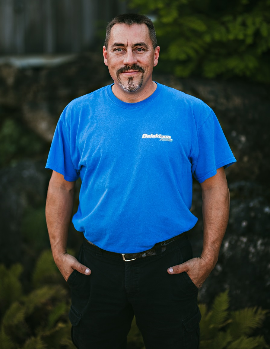 Mike Schwehr, Installer