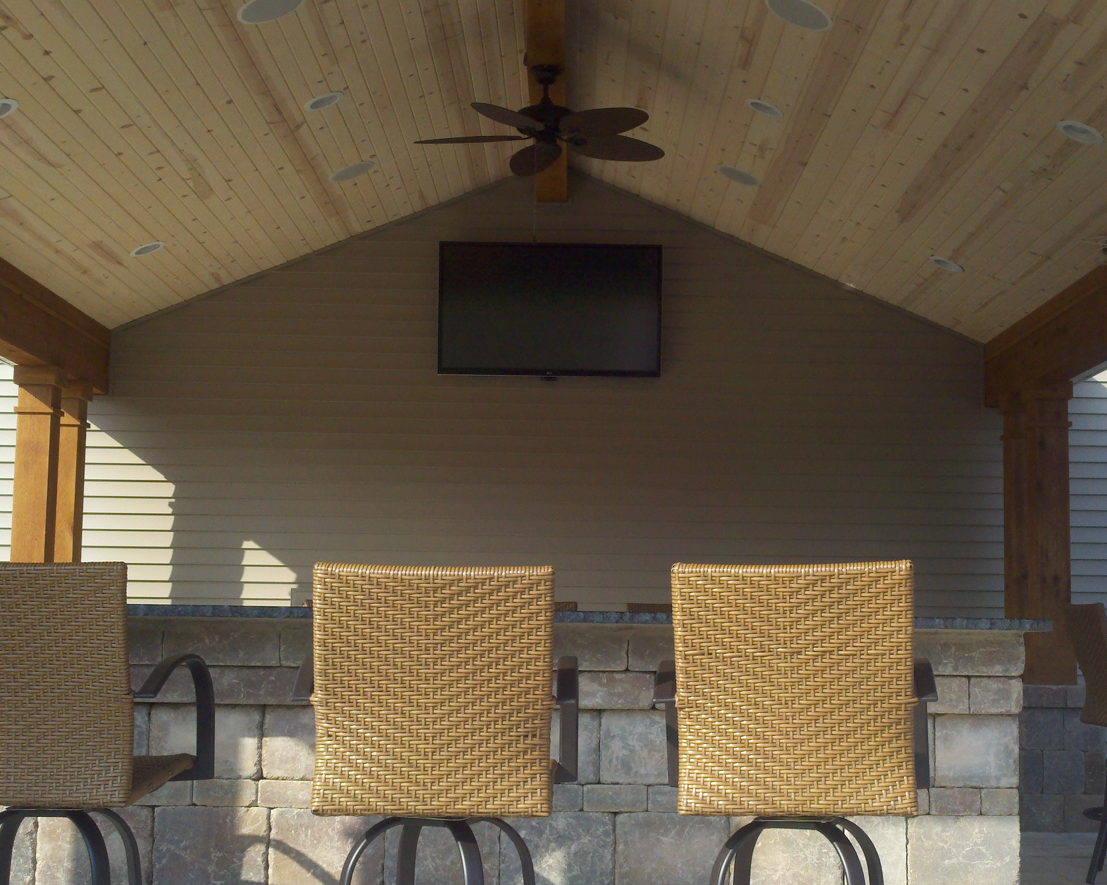Pavilion TV and Speakers