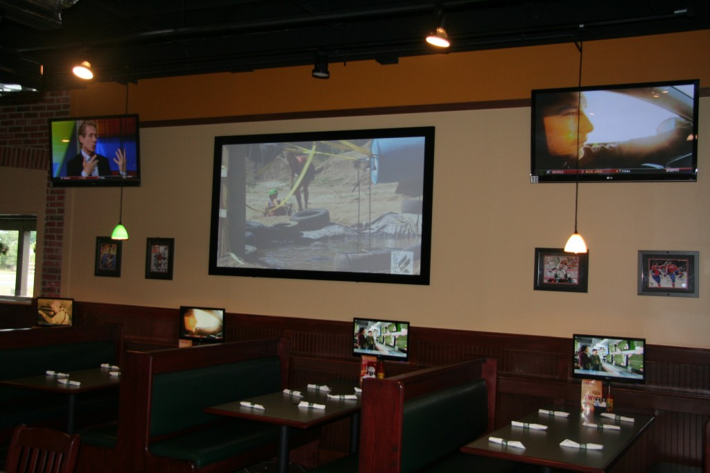 INI AV Gallery - Dulles Green Turtle Booths with TVs